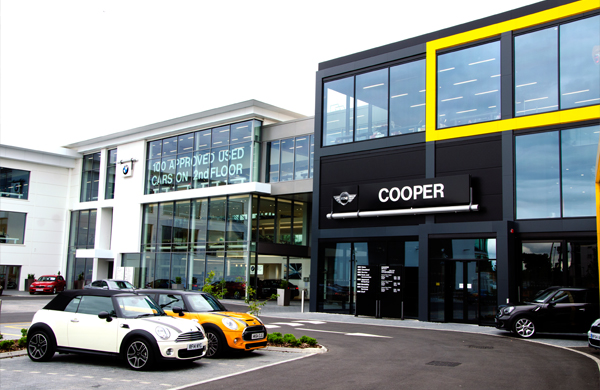 Cooper BMW Mini, Reading, UK