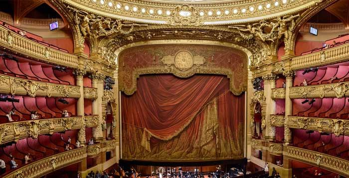 Theatre proscenium - safety curtain